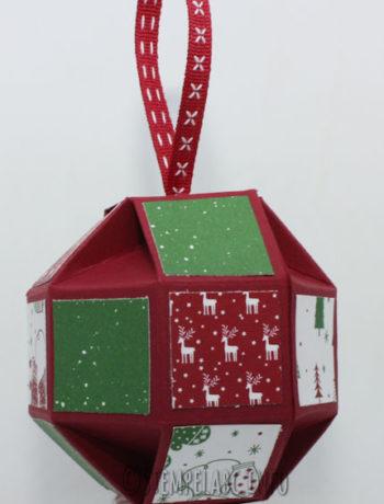 Weihnachtskugel vom Dezember Workshop